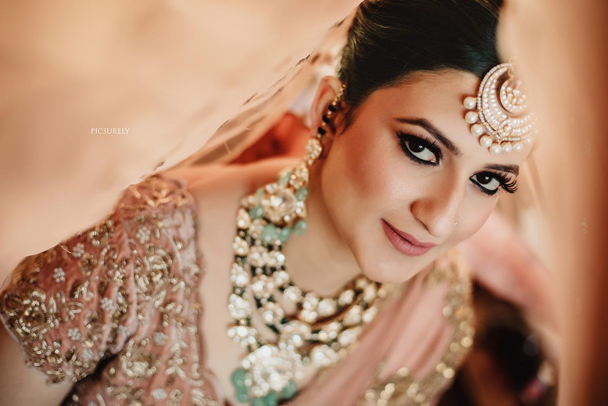 Picsurely Wedding Photographer in Mumbai